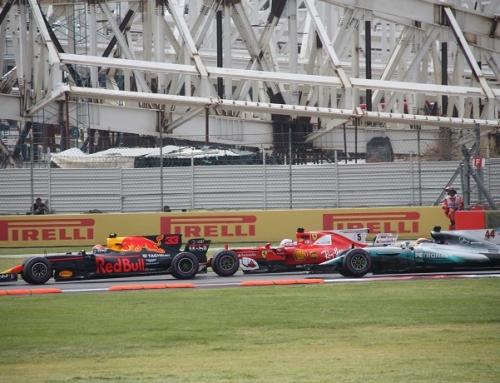 Red Bull: Max Verstappen no perdona, y el motor de Ricciardo tampoco