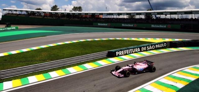 Sergio Checo Pérez fuera del top 10 de los primeros ensayos del GP de Brasil. @omarketingf1