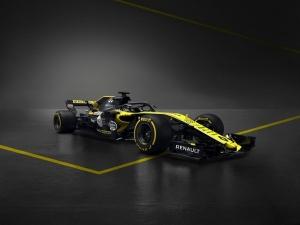 Sainz visita la fábrica de motores de Renault