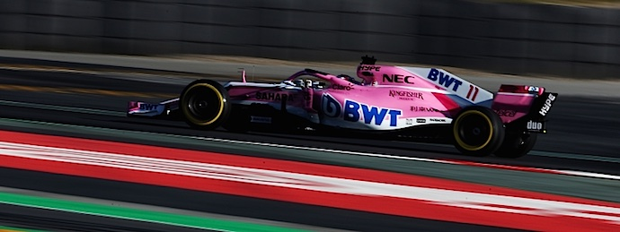 93 vueltas para Checo probando el VJM11 en Barcelona