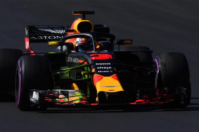 CRÓNICA Ricciardo vuela en Montmeló; otro día casi en blanco para Alonso y su McLaren