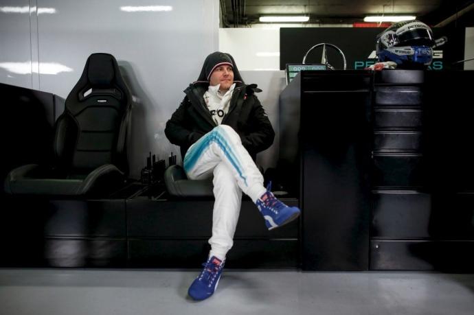 Bottas sabe que debe estar más cerca de Hamilton para quedarse en Mercedes