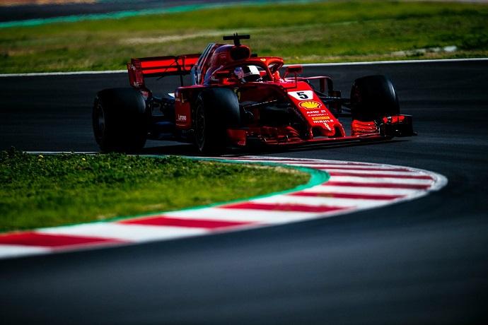 La diferencia de compuestos deja a Vettel a casi un segundo y medio de Ricciardo