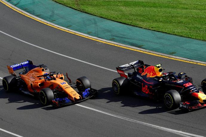 CRÓNICA: La estrategia le da la victoria a Vettel y Alonso empieza la era McLaren-Renault con un gran quinto puesto