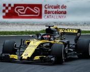 Renault se enfoca en dominar la zona media de la parrilla