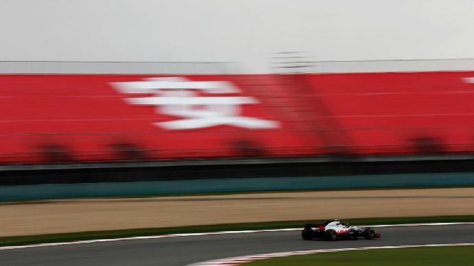 Haas empieza mal pero lo arregla en clasificación