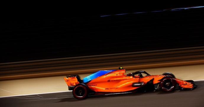Los McLaren terminan de la mano