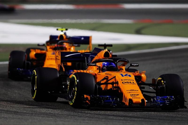 McLaren rescata el fin de semana y suma con los dos monoplazas