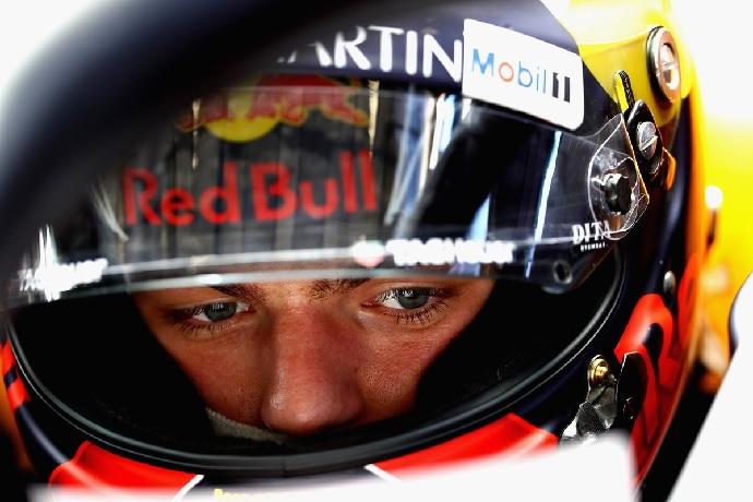 """Red Bull decepcionado con Verstappen: """"Max se ha pasado"""""""