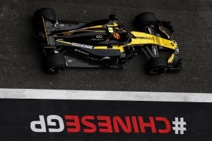 Ambos Renault se consolidan entre los 10 primeros