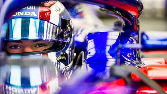 Toro Rosso muestra buena forma en Barhein
