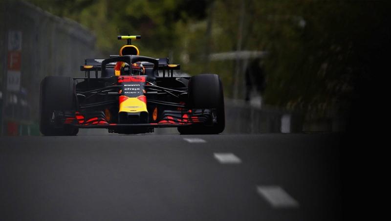 Red Bull amenaza desde la segunda y tercera línea en Bakú