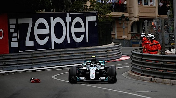 Domingo en Mónaco - Mercedes minimiza los daños y sigue al frente