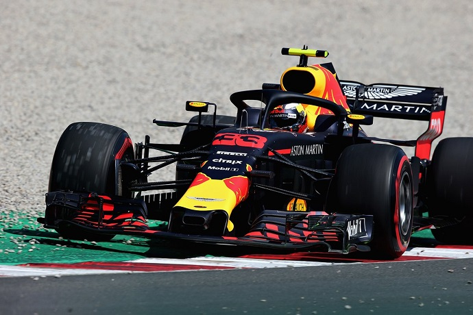 """Red Bull no consigue dar el """"sorpasso"""" en clasificación"""