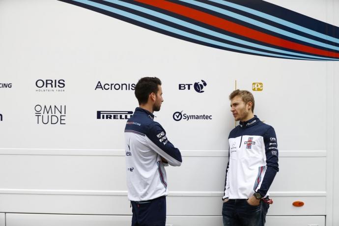Con 6 monoplazas fuera, Williams roza los puntos en Barcelona