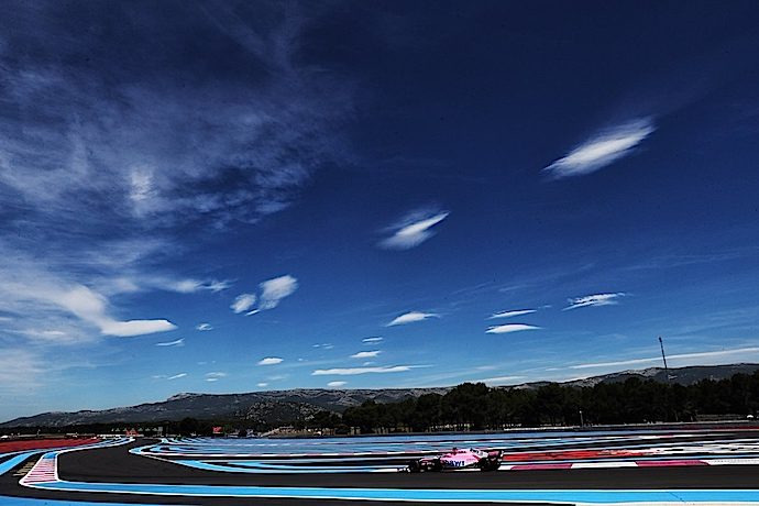 Viernes en Francia - Force India debuta como semi-anfitrión en colorida casa de Ocon