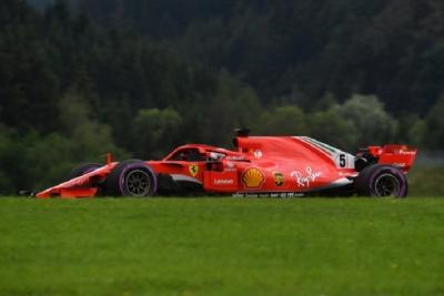 Sábado en Austria-Ferrari: Vettel penaliza y saldrá 6º; Kimi lo hará en tercer lugar