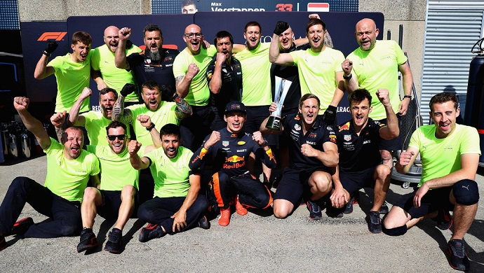 Verstappen acordó con Red Bull viajar solo a Canadá: ni representante ni familia