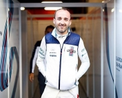 Kubica firmó por Ferrari en 2012
