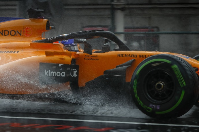 Sábado en Hungría-McLaren: Ni con lluvia la situación mejora