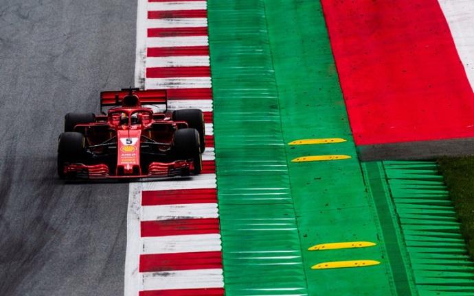 El reglamento es extenso porque todos se quejan, según Vettel