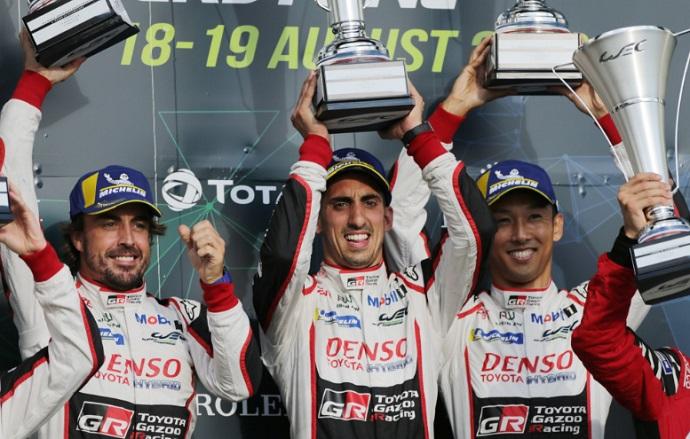 Alonso pierde la victoria en Silverstone: Los 2 Toyota descalificados