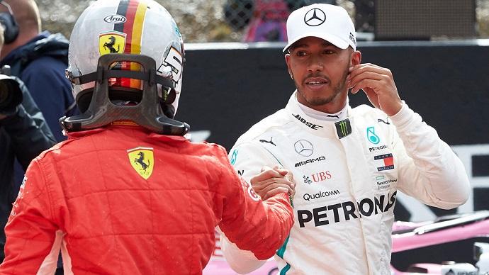 Domingo en Bélgica-Mercedes: Hamilton permite, y Bottas remonta