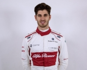 Antonio Giovinazzi formará dupla con Raikkonen en 2019