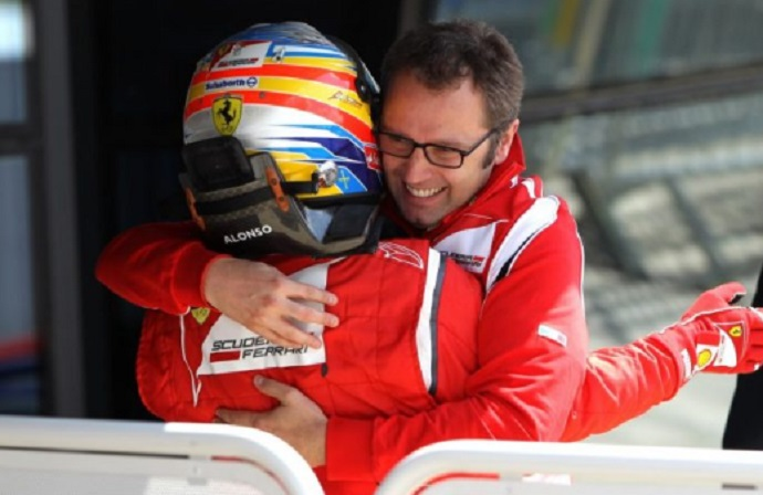 """Domenicali: """"Hubiera sido genial ver a Alonso y Schumacher con el mismo coche"""""""