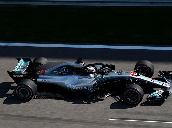 Domingo en Rusia - Mercedes: Hamilton pone en jaque el mundial