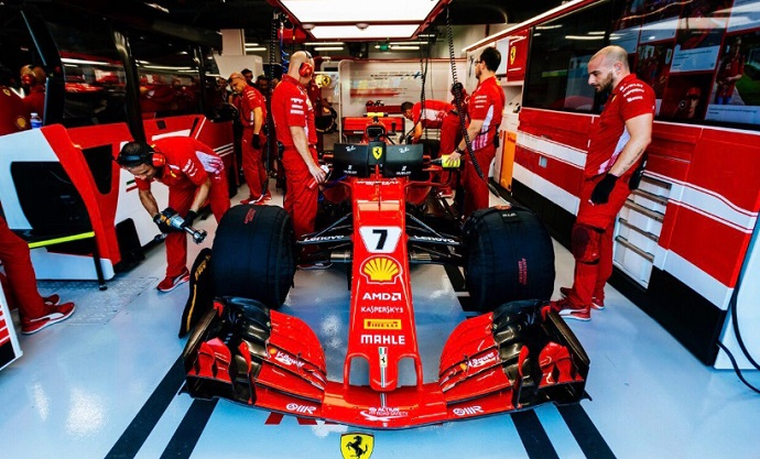 GP Singapur 2018-FP2: Kimi manda y Vettel 'besa muros' con doble Top-10 español