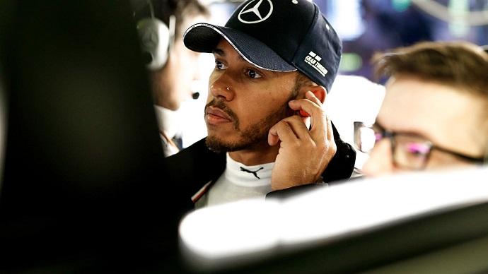Sábado en Italia - Mercedes: El empuje 'tifosi' relega a Mercedes a la segunda fila de parrilla
