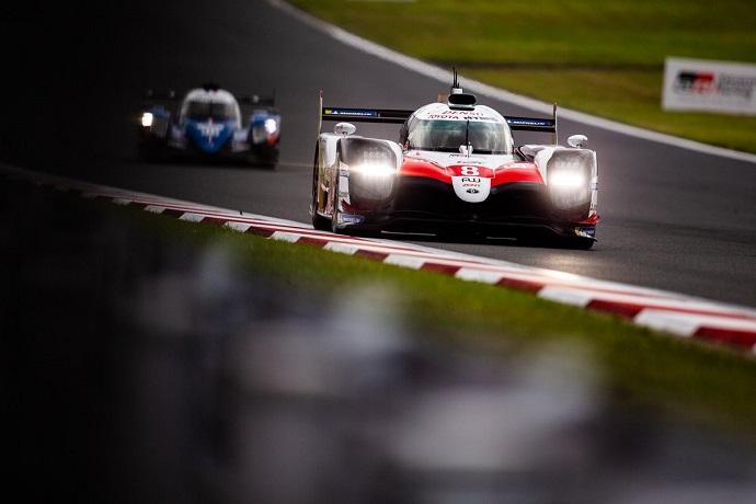 Alonso espera no acusar el lastre de peso en carrera