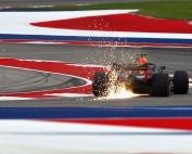 Sábado en Austin - Ricciardo cumple y Verstappen se topa con el