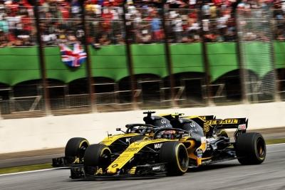 Domingo en Brasil-Renault: Nada que recoger en Brasil
