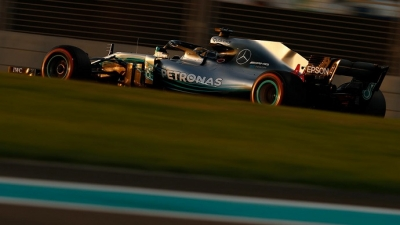 Domingo en Abu Dabi - Mercedes: Lewis se reafirma; Bottas, se diluye