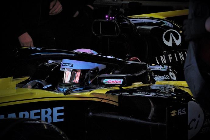 Test-en-Barcelona-Día-6-Renault-acumulando-kilómetros.