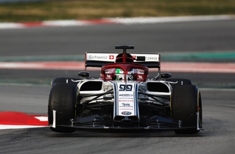 Test en Barcelona - Dia 2 - Alfa Romeo apunta maneras