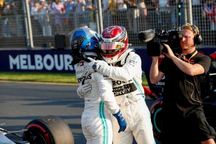 Sábado en Australia - Mercedes: Juegan en otra liga