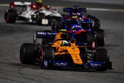 Domingo en Baréin - McLaren brilla con Norris (6º) y lamenta la suerte de Sainz
