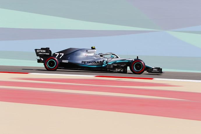 Viernes en Baréin - Mercedes al acecho de los dominadores Ferrari
