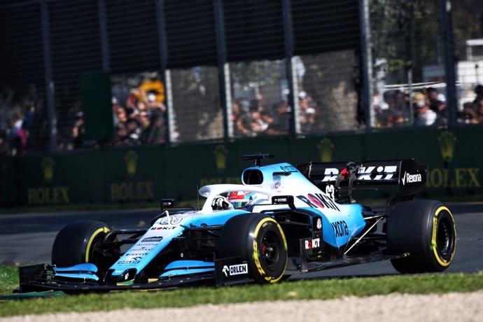 Williams aterriza en Baréin sin piezas de recambio
