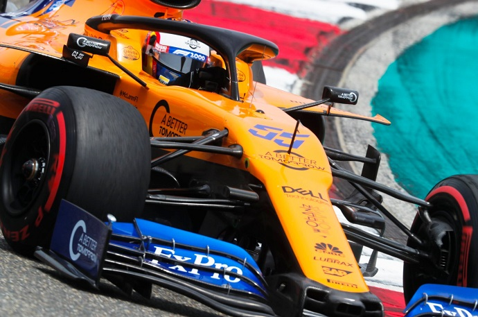 Domingo-en-China-McLaren-tropieza-con-los-incidentes