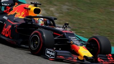 Sábado en China - Red Bull: Tercera línea con polémica incluida