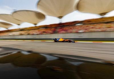 Viernes-en-China-McLaren-apunta-maneras