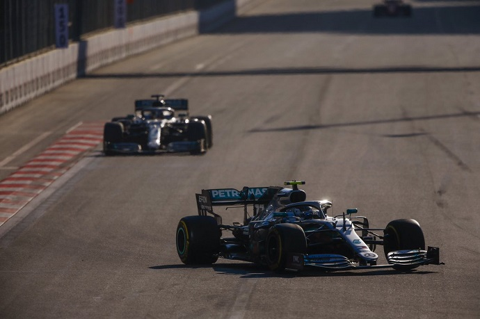 Domingo en Azerbaiyán - Mercedes: Siguen intratables