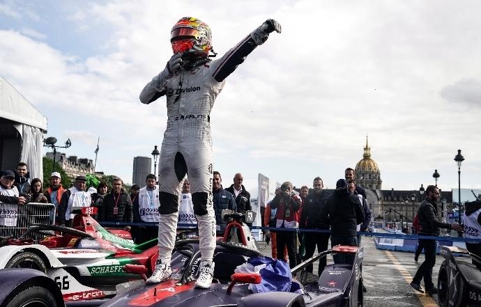 Frinjs brilla en un húmedo París ePrix