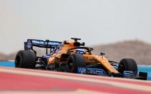Test en Baréin- Dia 1: Lluvia en el desierto, Schumacher 2º y Alonso con Pirelli