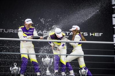 W Series - Chadwick domina y una gran Marta García completa el podio