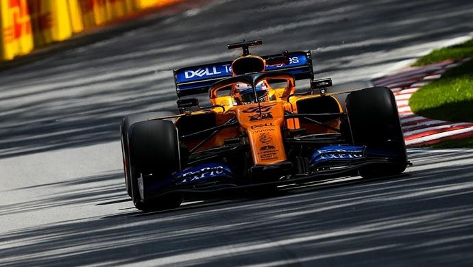 Domingo en Canadá - McLaren: De más a menos
